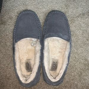 Women's Gray Ugg Moccasin with Scalloped Design
